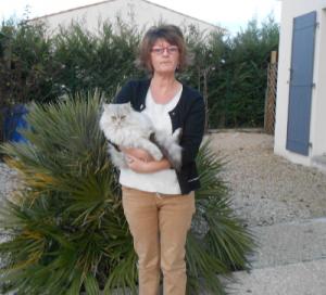 Emmanuelle Huet Pet Sitter et praticienne en massage canin et félin à Vénérand